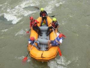 Rafting-in-Armenia-(rafting.am)